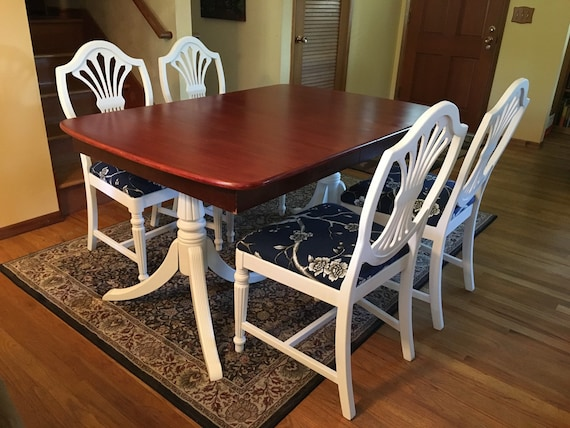 Terrific Sold Duncan Phyfe Style Dining Table 3 Leaves 4 Shieldback Chairs Sold Home Interior And Landscaping Ologienasavecom