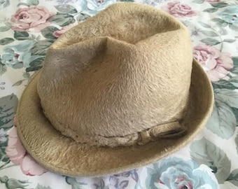 Beautiful Canadian Hat Beaver fur