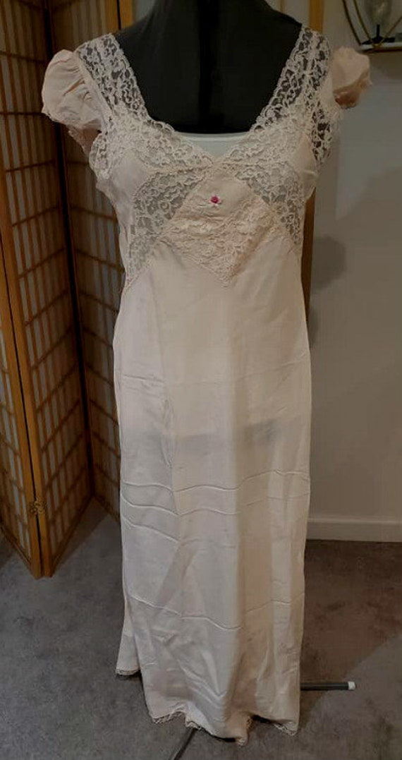 Vintage 30's/40's  Lace Nightgown M/Lg