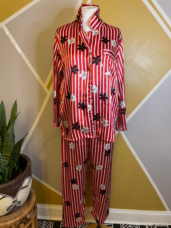 1980s Vintage Pajama Red Striped 2pc Set Pajamas