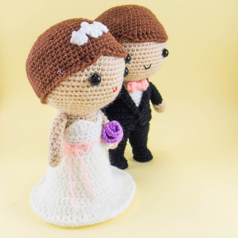 Crochet bear wedding gift for couple Amigurumi wedding gift | 794x794