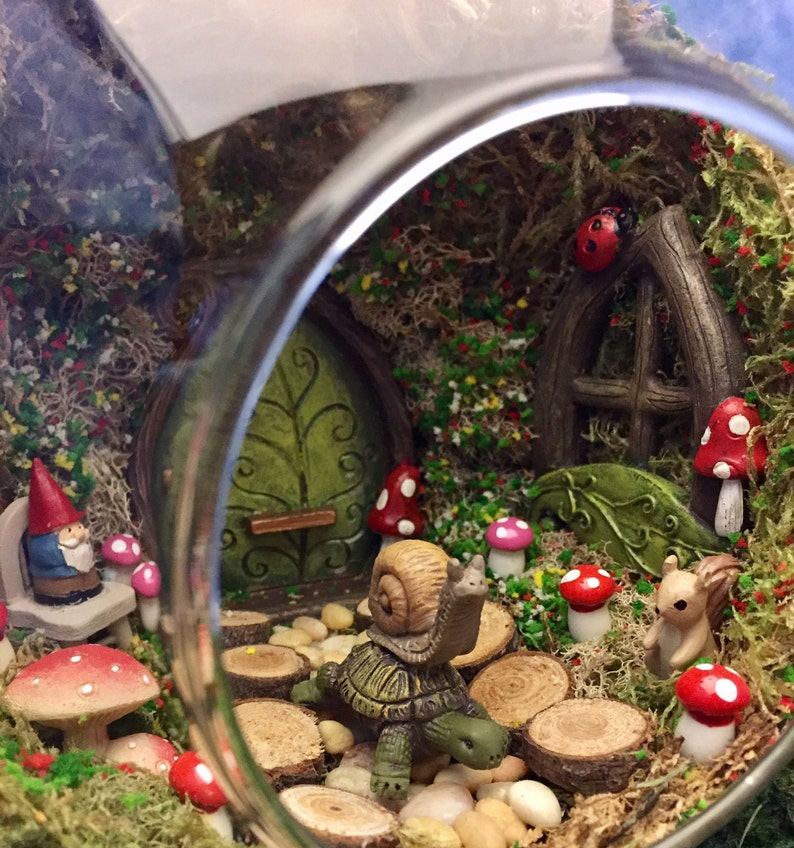 Jaeger Elf Riding Snail Nursery Decor AND Nursery Wall Art 2 German Children/'s Plates Seltmann Elisabeth Kittens Garden Gnome