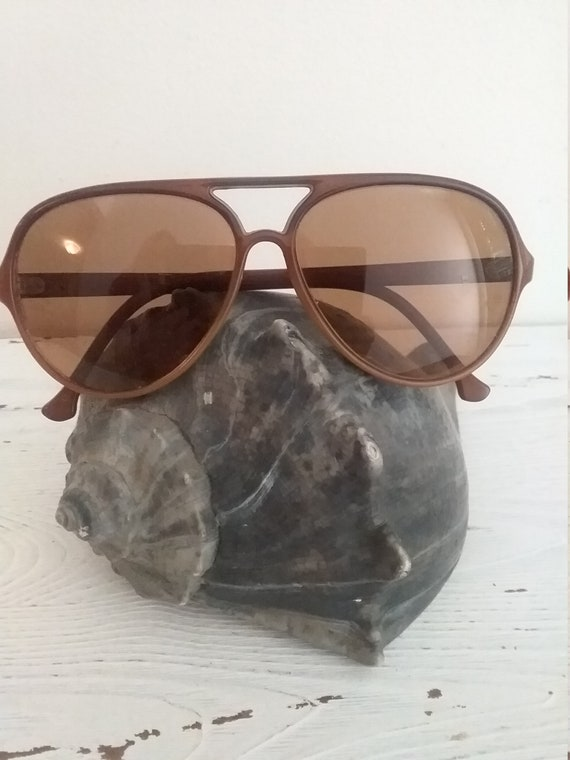 Vintage Vaurnet Aviator sunglasses 1980s brown