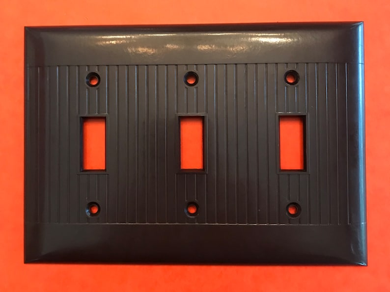 Sierra Bakelite Brown 3 Toggle//1 Outlet Switch Plate With Screws~Fast Free Ship!