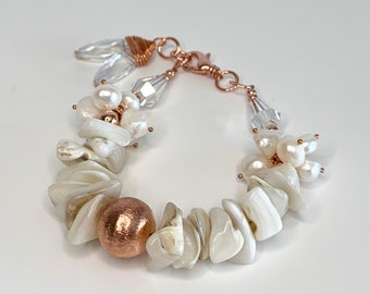 Ocean vibes shell and pearl bracelet