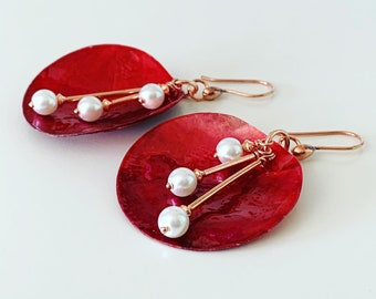 Red Shell with Pearl Earrings