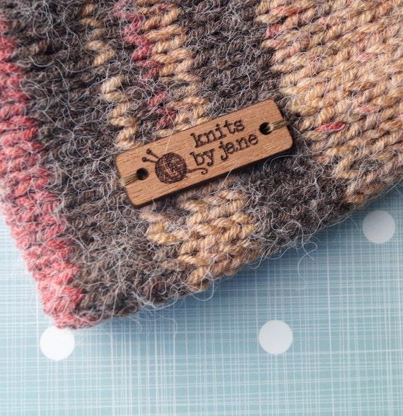 coudre les tiquettes des v tements en bois sur les etsy. Black Bedroom Furniture Sets. Home Design Ideas