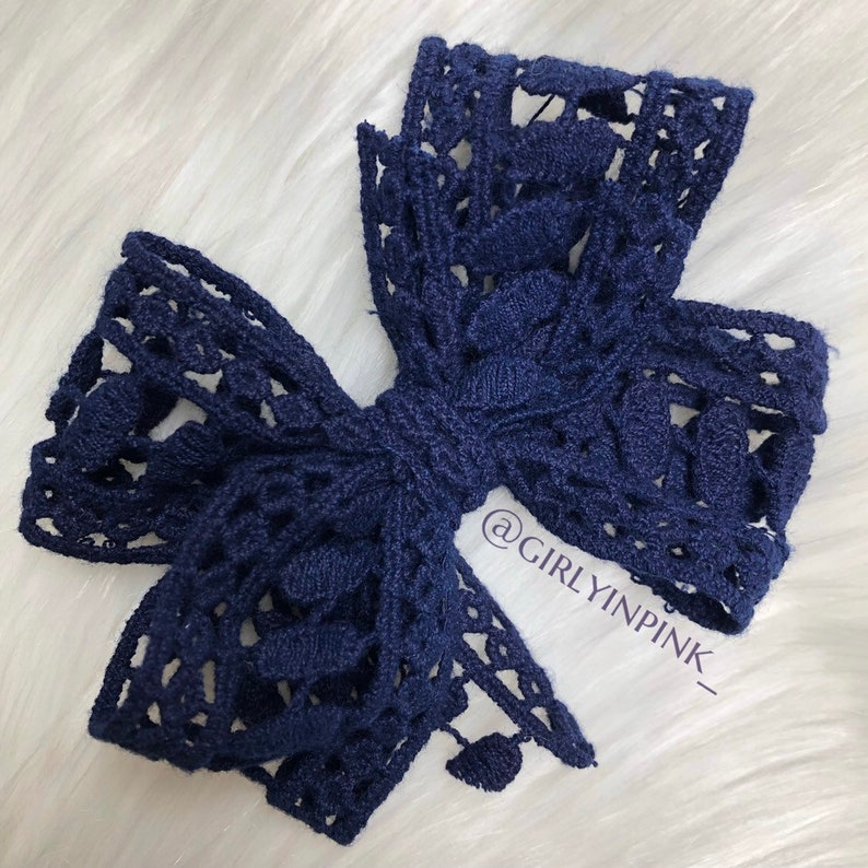 Navy Lace bow