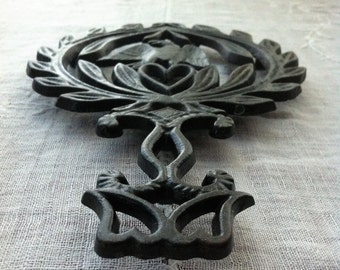 Cast Iron Eagle Trivet