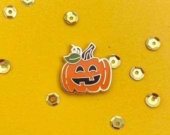 jack-o-lantern halloween pumpkin enamel pin // glow in the dark