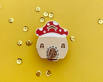 Mushroom house enamel pin // gnome home, mushroom core, fairy garden