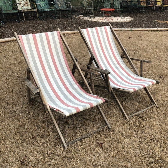 Pair of Vintage Striped Folding Patio Deck Chair, Beach Chair, Wood Frame