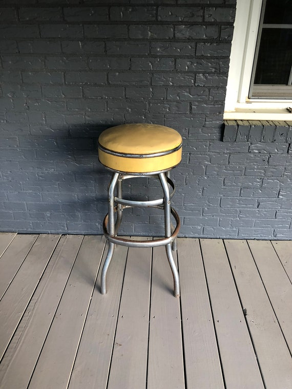 Prime Vintage Swivel Diner Stool Soda Fountain Stool Mid Century Bar Stool Chrome And Vinyl Retro Decor Alphanode Cool Chair Designs And Ideas Alphanodeonline
