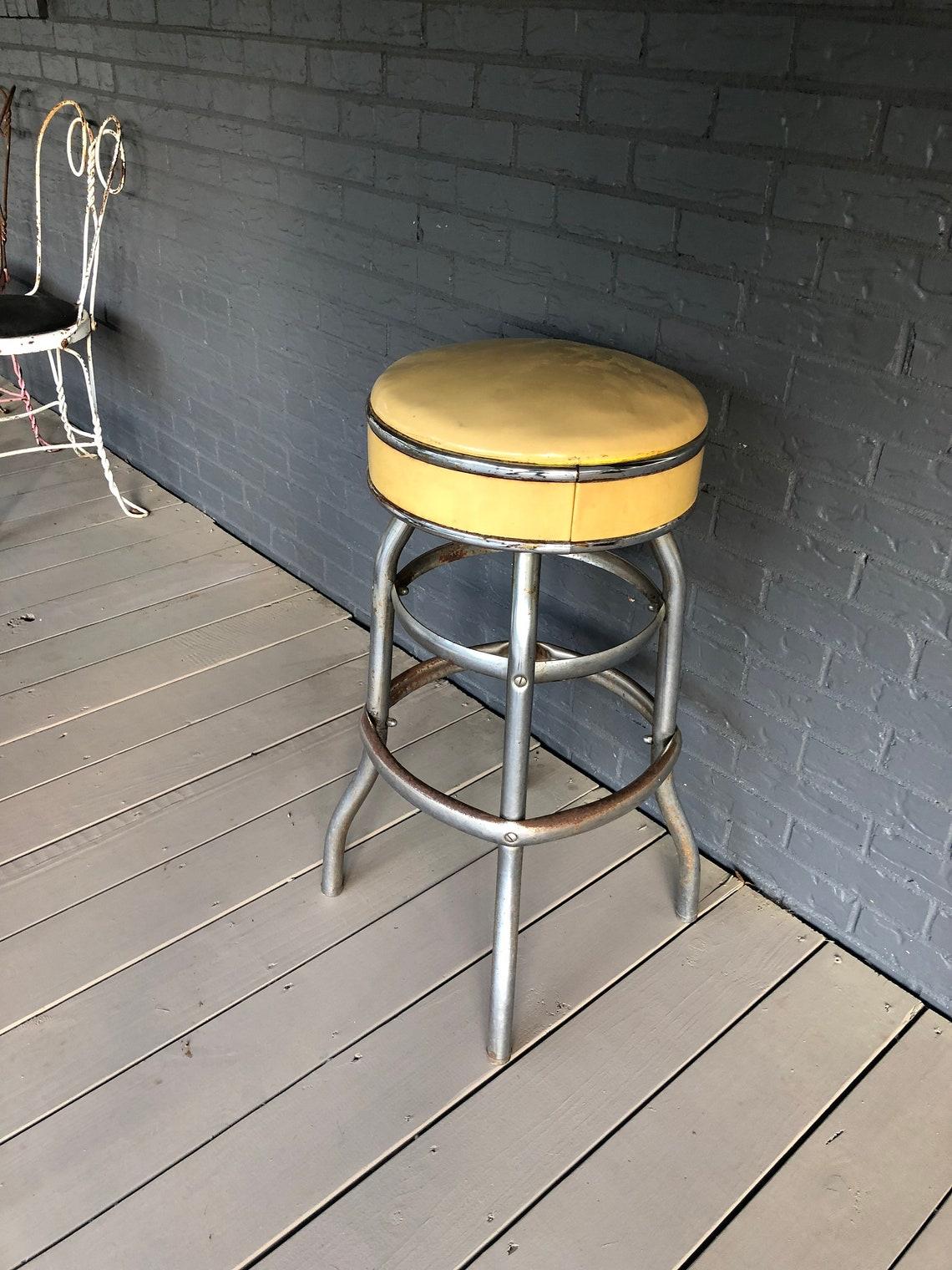 Vintage Swivel Diner Stool Soda Fountain Stool Mid Century Bar Stool Chrome and Vinyl Retro Decor