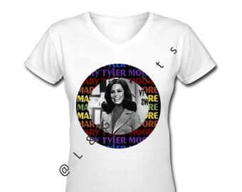 Tv Show T shirt, Mary Tyler Moore, Trendy t shirts, Mary Tyler Moore Shirt, 70s gifts, Cute Tops for girls, T shirt Girl Power, 70s t shirt
