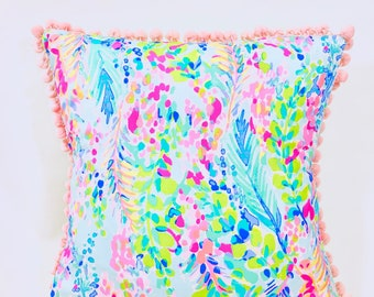 """New 2018 Lilly Pulitzer """"Catch The Wave"""" Throw Pillow"""