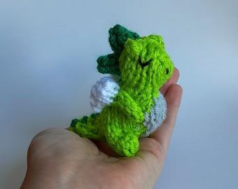 Miniature Dragon Knitted Soft Ornament - Mythical Animal Ornament - Cute Stocking Stuffer - Mini Dragon - Mobile Supply - Fantasy Ornament