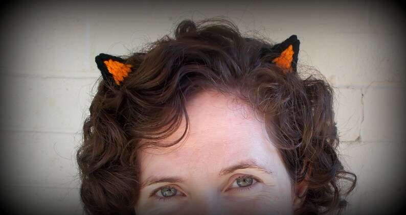 Halloween Accessory Simple Costume Mini Orange and Black Knitted Cat Ears Costume Accessory Costume Prop Halloween Decor