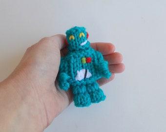 Mini Robot Knitted Soft Ornament - Unique Soft Ornament - SciFi Gift Idea - Robot Ornament - Desk Decor - Gag Gift Idea - Retro Scifi Decor