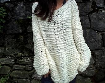 Ivory sweater / chunky wool sweater/ handknit sweater/ Oversized Sweater/ Loose knit sweater