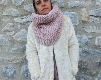 Chunky cowl scarf, Pastel scarf, Knitted scarf, Cozy scarf, Knit cowl scarf