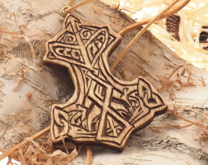 Small  Thor hammer pedant, viking pendant, pedant jewelry, Mjolnir,