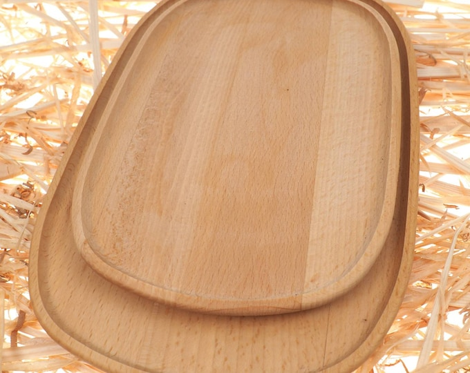 Set 2 flat wooden plate,big and small,  oak tray, rounded viking dishes, medieval, larp, SCA, handmande, personalised