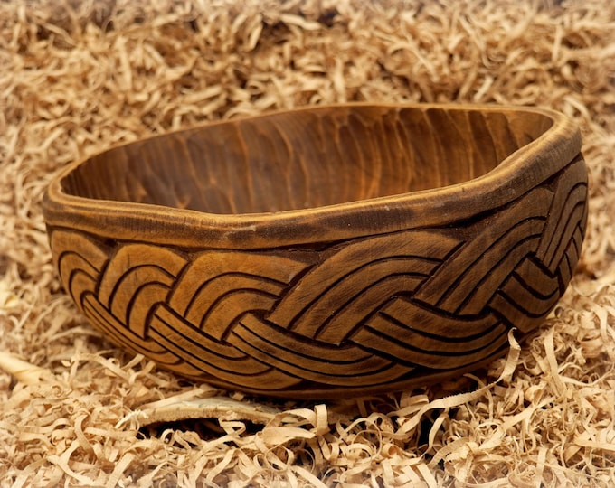 Historical Hand Carved Wooden Bowl with vikings plait motive  Norway, XI c. fruit bowl, decorative bowl, hand-crafted bowl viking medieval