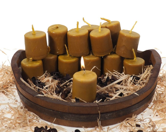 "Pure Beeswax Candle, 2 and 1/2"" high Unscented Beeswax Pillar Candle, Hand Made, Natural Eco Friendly for for Meditation, Prayer or Altar"