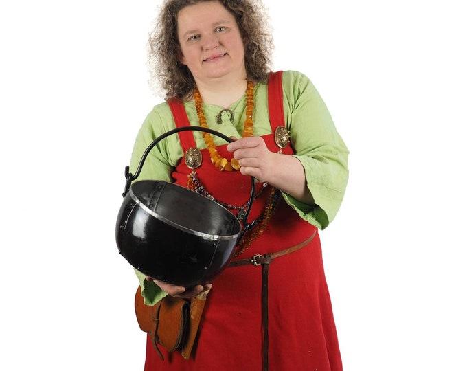 Steel cauldron 1 and 3/4 gallon , 7 litr, hand forged, historical handicraft, metal Viking pot, witch cauldron, Larp and SCA