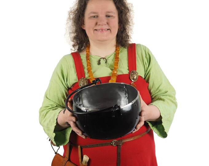 Steel cauldron 1 and 1/3 gallon , 5 litr, hand forged, historical handicraft, metal Viking pot, witch cauldron, Larp and SCA