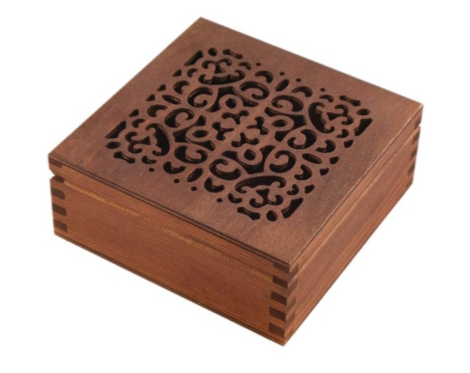 Openwork wooden jewelry box
