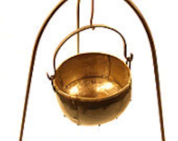 Steel tripod historical handicraft