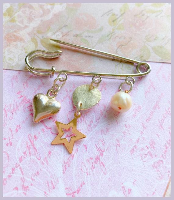 Rose gold and silver brooch, kilt pin, heart brooch, star brooch, dress brooch, pearls, gift for grandma, gift for mum, brooch accessories