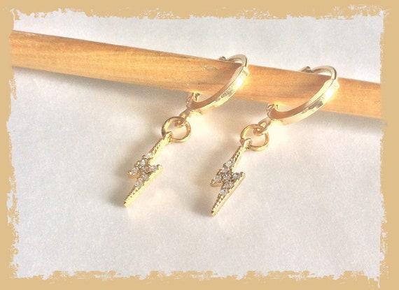 Lightning bolt hoops, lightning hoop earrings, Harry Potter earrings, gold hoop earrings, diamante lightning charms, thunderbolt jewellery