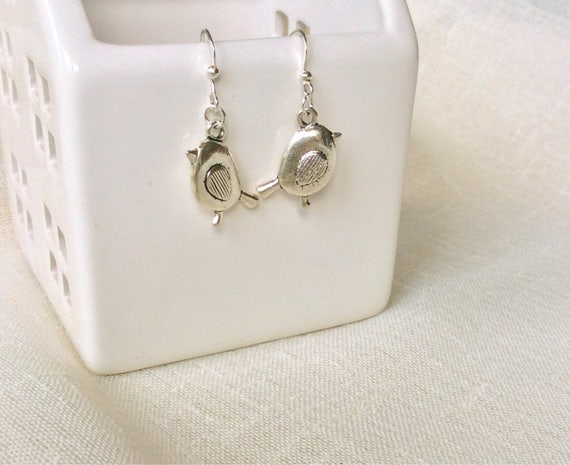 Bird Earrings, bird jewellery, robin earrings, bird lover gift, 40th birthday gift, gift for mum, silver earrings, gift for her,
