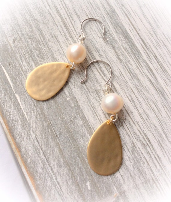 Gold earrings, pearl earrings, long earrings, 50th birthday earrings, special occasion earrings, 60th birthday jewellery, prom earrings,