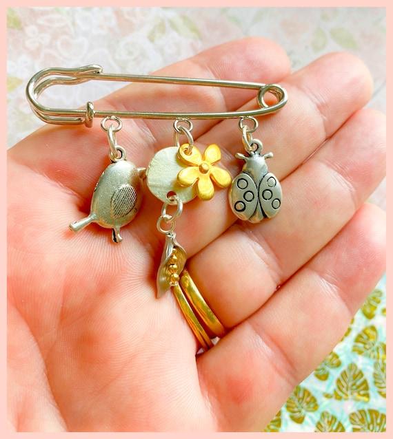 Fall brooch, Fall jewellery accessories, Autumn brooch, coat brooch, wildlife brooch, kilt pin , robin brooch, ladybird brooch,