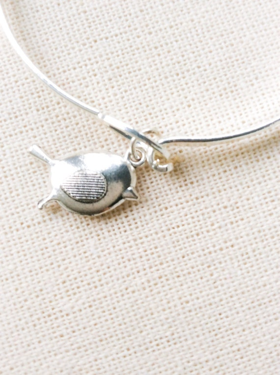 Silver Bangle, Robin Charm, stacking bracelets, contemporary jewellery for her, silver jewellery, girlfriend gifts, bird theme gifts