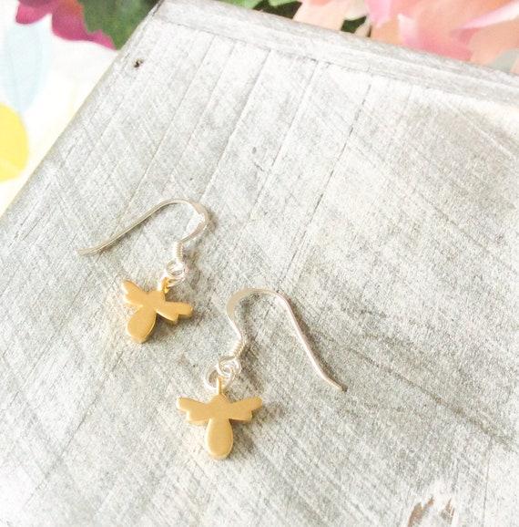 Bee earrings, bee jewelry, insect earrings, bumble bee, bee lovers, minimalist earrings, honey bee earrings, gifts for her, gold earrings