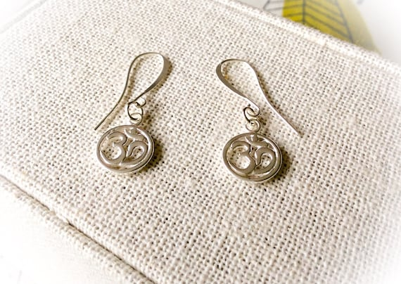 Silver earrings, mother gift, buddhist jewelry, mantra earrings, ohm earrings, om, yoga earrings, meditation earrings for her, gift for yogi