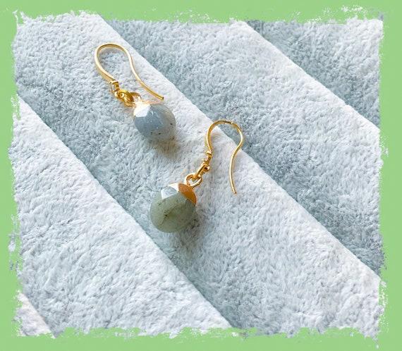 Labrodite and gold earrings, Labrodite jewellery, oval shape earrings, semi-precious earrings, sage green earrings, dangle earrings,