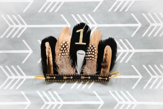 Coiffe de plumes serre-tête plume adorable aztèque noir or pour bébé garçon 0-12 mois premier anniversaire anniversaire tipi Pow