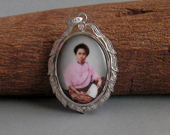 Rare Old Princess Dara Rasami of Chiang Mai  Northern Thailand Handmade Sterling Silver Amulet Locket Pendant