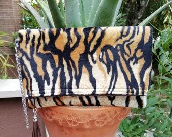 Tiger clutch,Tiger purse,Tiger bag,Tiger handbag,animal print purse,animal print bags,foldover clutch,folded bag,foldable purse,tiger fabric