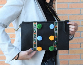 Black handbag,tassel clutch,black purse,bohemian clutch,black cluches,chained handbag,crossbody handbag,black purse bag,garland purse