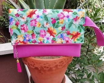 Pink clutch,foldover clutch,floral clutch,pink handbag,floral handbag,foldover handbag,wristlet clutch,pink fabric purse,foldover purse bag