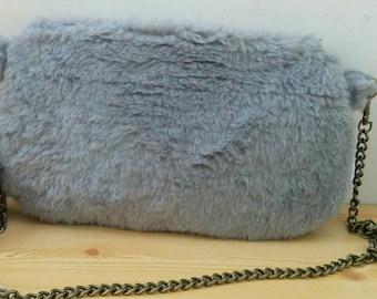 Plush bag, plush clutch, grey clutch, grey bag, grey purse, grey plush bag, chain bag, plush handbag, soft bag, fur bag, fur clutch, kawaii