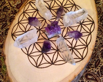 Crystal Grid Wood Burned Flower of Life Gift for Her Sacred Geometry Grid Wood Slice Raw Crystal Healing Crystals Stones Natural Gift Decor