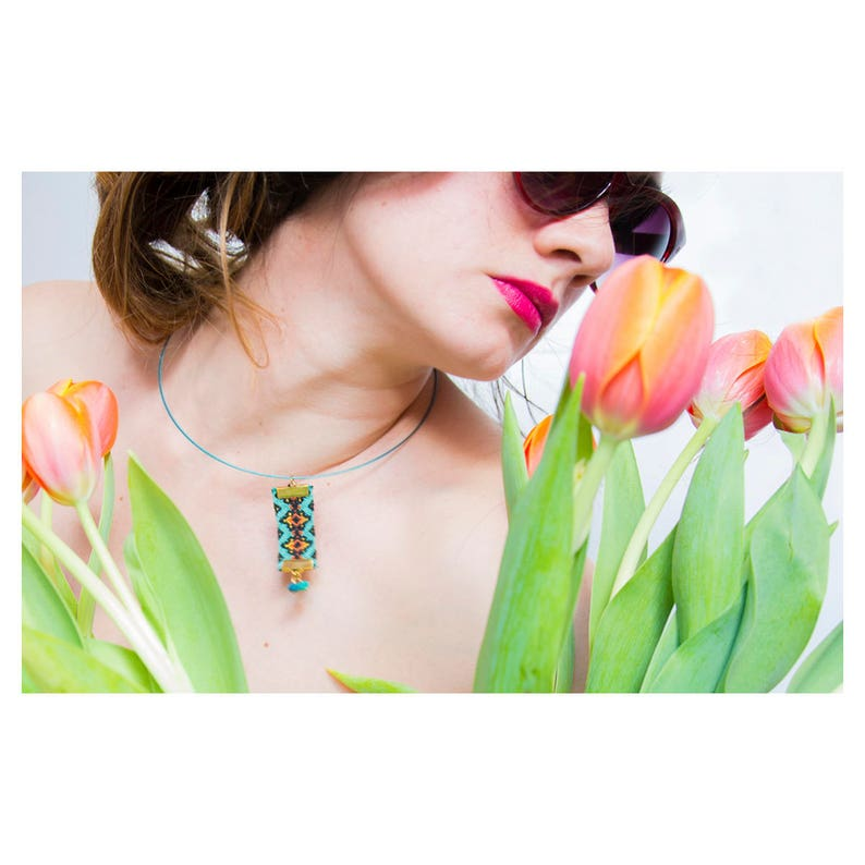 Pendant with chain Colorful Will fill with light and color every outfit you combine with him. hand-woven with ethnic and geometric motifs